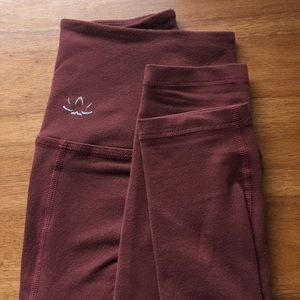 Yoga Leggings / Burgundy Full Length